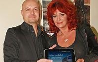 More Info for O2 World Hamburg überreicht Andrea Berg ein HANNSpad